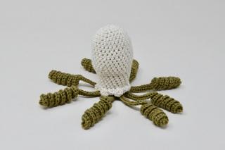 Rattle Octopus / Beige + Stone