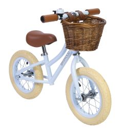 First go! Balance Bike / Sky
